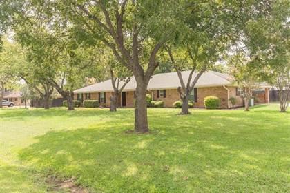 Residential for sale in 7408 Willow Oak Lane, Arlington, TX, 76001