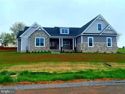 Residential Property for sale in 34 RAINBOW DRIVE, Kearneysville, WV, 25430