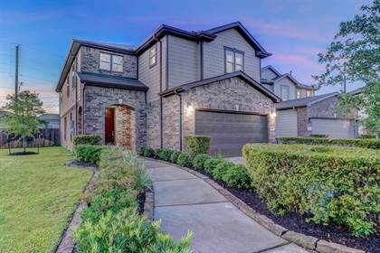 Residential for sale in 12906 Mills Grove Drive, Houston, TX, 77070
