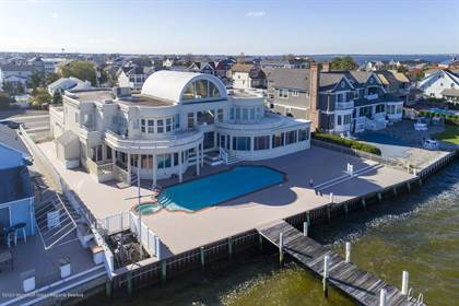 Residential Property for sale in 91 Pershing Boulevard, Lavallette, NJ, 08735