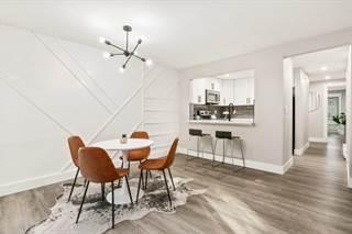 Condo for sale in 9504 Ravenna Ave NE 202, Seattle, WA, 98115