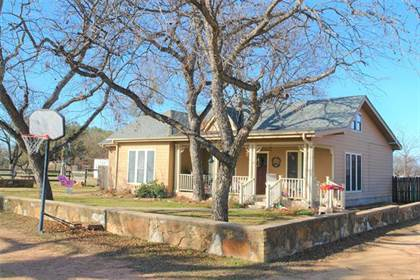Residential Property for sale in 915 E Hwy 190, San Saba, TX, 76877