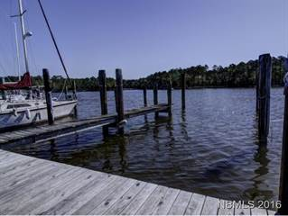 Condo for sale in 414 Whittaker Point Road E4, Oriental, NC, 28571