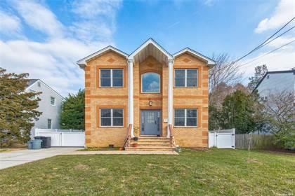 Residential Property for sale in 20 Irwin Street, Herricks, NY, 11040