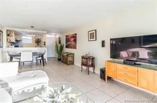 Condo for sale in 1045 10th St 907, Miami Beach, FL, 33139