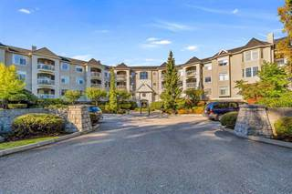 Condo for sale in 5677 208 STREET, Langley, British Columbia, V3A8J5