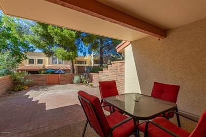 Residential for sale in 10127 E Lost Trails Street, Tucson, AZ, 85748