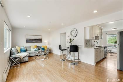 Residential Property for sale in 118 Dolphin Court 42, San Francisco, CA, 94124