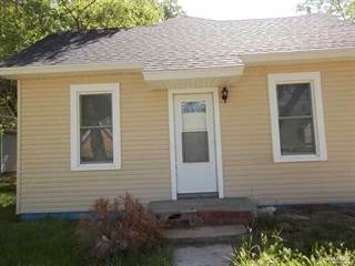 Single Family for sale in 121 Cherry Avenue, Minneapolis, KS, 67467