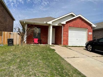 Residential for sale in 6140 River Pointe Drive, Fort Worth, TX, 76114