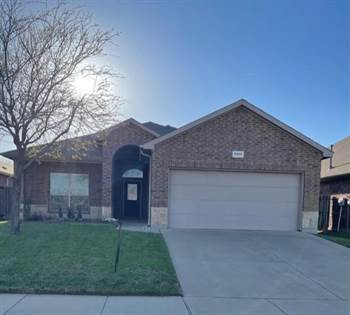 Residential Property for sale in 7917 Wildwest Drive, Fort Worth, TX, 76131