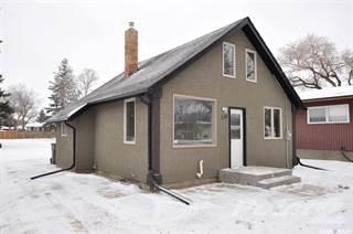 Residential Property for sale in 136 Gladstone AVENUE S, Yorkton, Saskatchewan, S3N 2B6