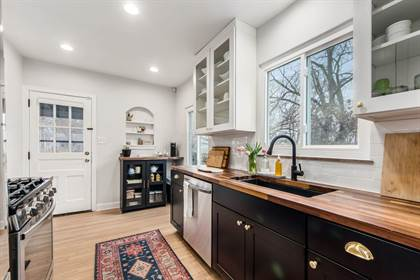 Residential for sale in 1498 S Champion Avenue, Columbus, OH, 43207