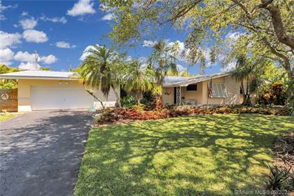 Residential Property for sale in 10045 SW 136th St, Miami, FL, 33176