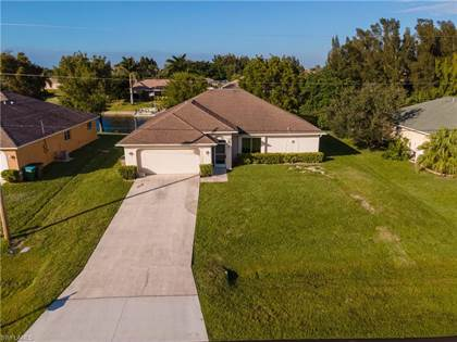 Residential Property for sale in 1711 SW 2nd TER, Cape Coral, FL, 33991