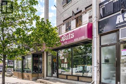 Retail Property for sale in 1472 ST CLAIR AVE W, Toronto, Ontario, M6E1C6