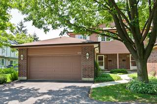 Townhouse for sale in 888 POPLAR Lane, Deerfield, IL, 60015