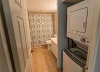Condominium for rent in 50 Kingsbridge Garden Circ 204, Mississauga, Ontario, L5R1Y2