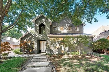 Residential for sale in 2616 Torrey Pines Drive, Fort Worth, TX, 76109
