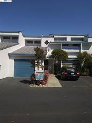 Townhouse for sale in 5845 Yawl St, Discovery Bay, CA, 94505