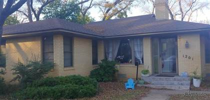 Residential Property for sale in 1201 W Park Row Drive, Arlington, TX, 76013