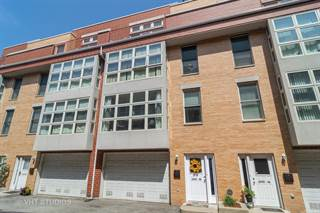 Townhouse for sale in 3337 W. IRVING PARK Road 3E, Chicago, IL, 60618