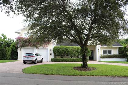 Residential for sale in 8405 SW 107th St, Miami, FL, 33156