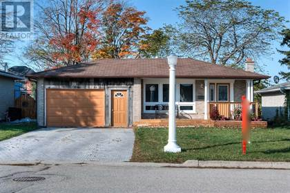 Single Family for sale in 28 DYWIN CRT, Cambridge, Ontario, N1S5S4