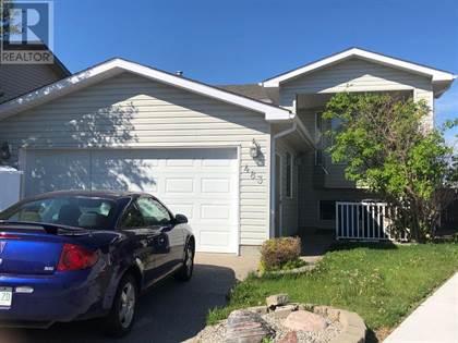 Single Family for sale in 483 Blackfoot Manor W, Lethbridge, Alberta, T1K7X7