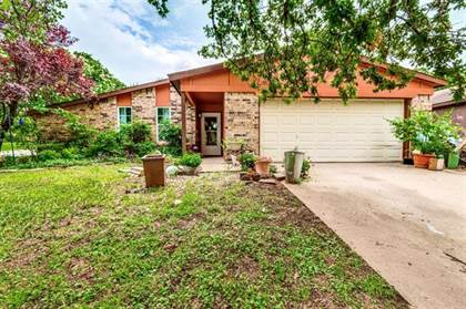 Residential Property for sale in 4701 Crestmont Court, Arlington, TX, 76017
