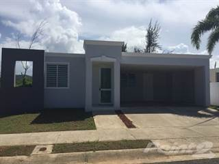 Residential for sale in Arecibo Urb Los Pinos 2, Arecibo, PR, 00612