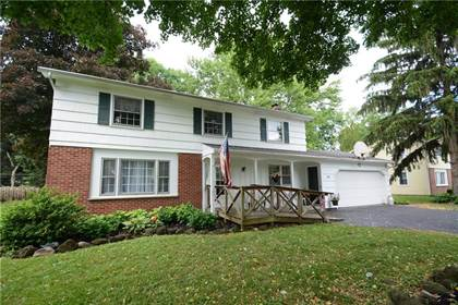 Residential Property for sale in 29 Highledge Drive, Penfield, NY, 14526