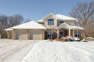 Single Family for sale in 912  Tanglewood Dr, Manchester, IA, 52057