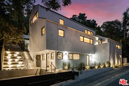 Residential for sale in 9843 DR YOAKUM, Los Angeles, CA, 90210