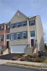 Townhouse for sale in 2019 Huntington Lane, Forks, PA, 18040