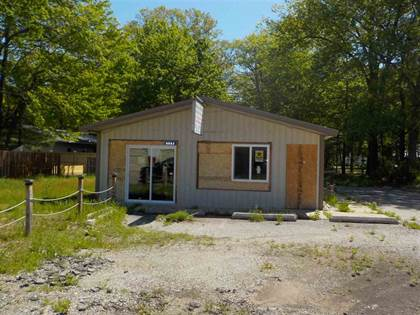 Commercial for sale in 9982 W Higgins Lake Dr, Roscommon, MI, 48653