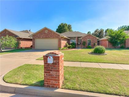 Residential for sale in 13417 Mayberry Place, Oklahoma City, OK, 73142