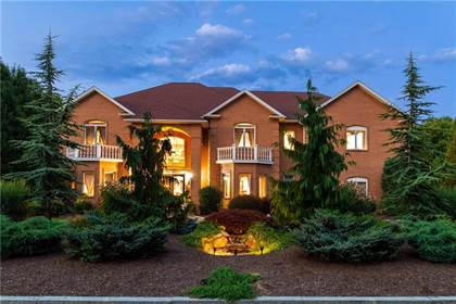 Residential Property for sale in 20 Red Brook Crossing, Greater Manville, RI, 02865