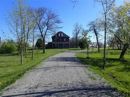 Farm And Agriculture for sale in 775 Mud St E, Hamilton, Ontario, L8J 3B9