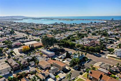 Multifamily for sale in 1633 Thomas Ave, San Diego, CA, 92109