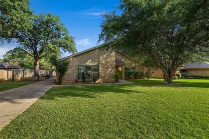 Residential Property for sale in 5401 Oak Springs Drive, Arlington, TX, 76016