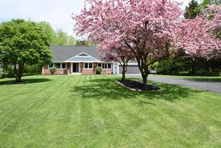 Single Family for sale in 7710 Parkview Rd, Greendale, WI, 53129
