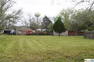 Single Family for sale in 501 Walnut Street, Yoakum, TX, 77995