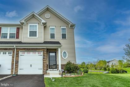 Residential Property for sale in 1109 WESTMINSTER DRIVE, Breinigsville, PA, 18031