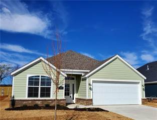 Single Family for sale in 5408 Overcrest  AVE, Springdale, AR, 72764