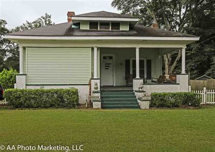 Residential Property for sale in 604 N Dooly, Montezuma, GA, 31063