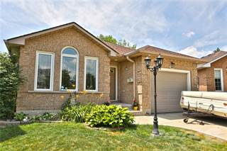 Residential Property for sale in 223 DUNCAIRN Crescent, Hamilton, Ontario