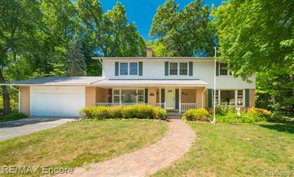 Residential Property for sale in 2555 NEW ENGLAND Drive, Rochester Hills, MI, 48309