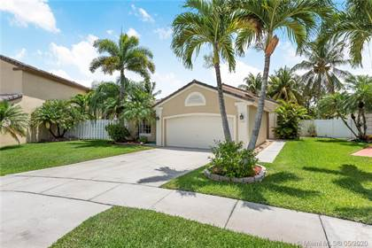 Residential for sale in 1105 NW 174th Ave, Pembroke Pines, FL, 33029