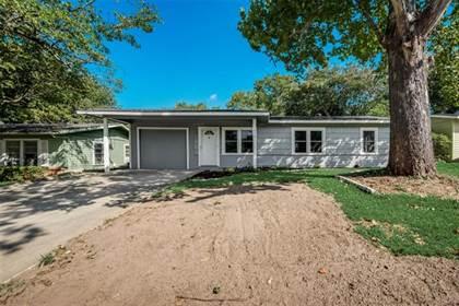Residential for sale in 1809 Jocyle Street, Arlington, TX, 76010